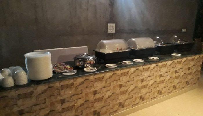 camp-cross-fire-buffet-area